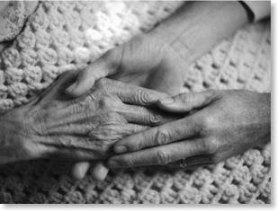 Prendre un ancien par la main