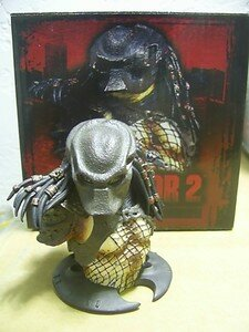 Predator2_Masked_micro_bust0