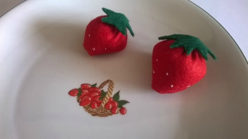 fraises en feutrine