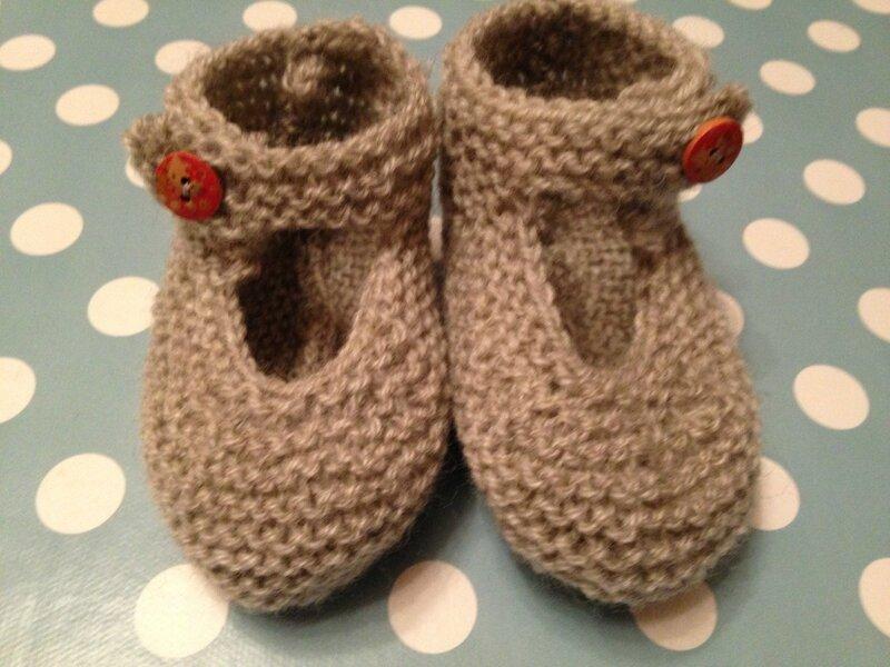 chaussons bebe 1pel point mousse baronval gris bergeredefrance modele tricots intemporels pour bebes 3M 6M 4