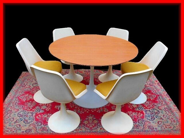 Table chaises tulipe design 1970 sty saarinen knoll for Table de salle a manger annee 50