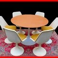 Table & chaises tulipe design 1970 sty. saarinen knoll vendu