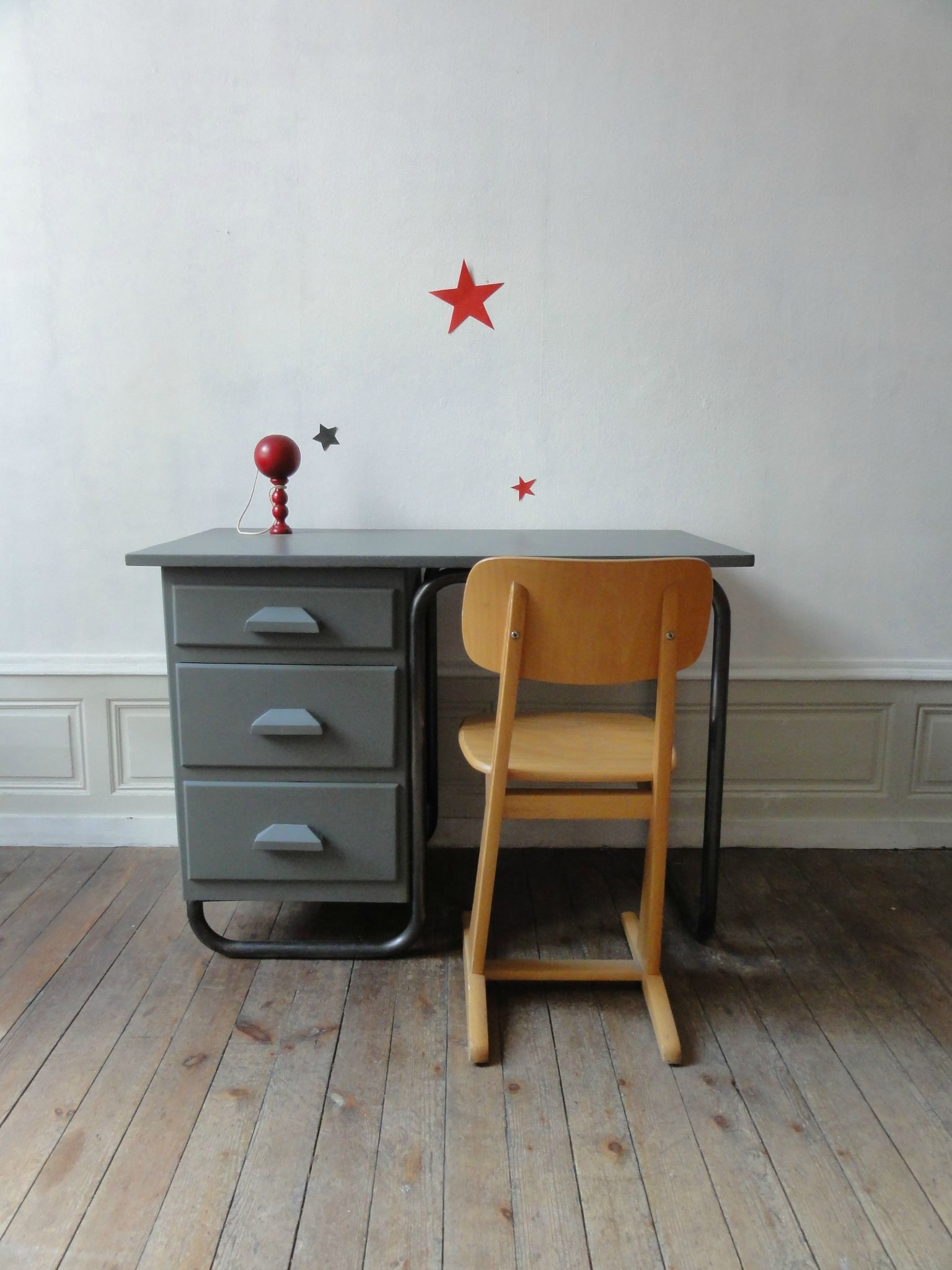 bureau ecole annees 50 vintage moi. Black Bedroom Furniture Sets. Home Design Ideas