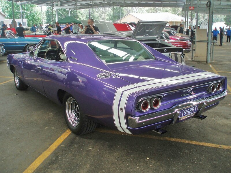 1968_Dodge_Charger_R-T_(5279702262)