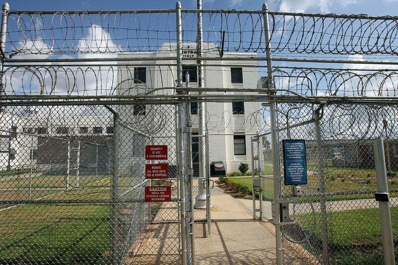 aam_prison_closing_3