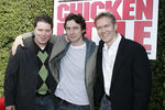 Premiere_Disney_Animated_Feature_Chicken_Little_DWdoizcByZjl