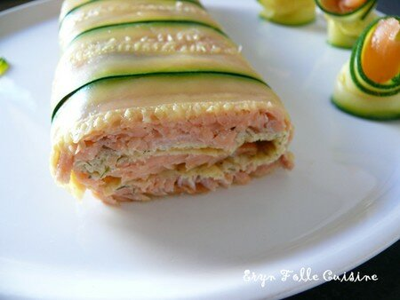 roule_saumon_fume_aneth_lamelles_courgettes_au_four1