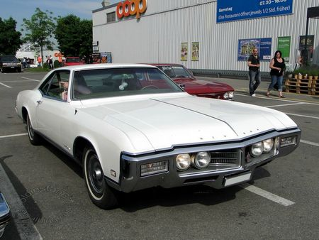 buick riviera hardtop coupe,1969,us car meeting schenkon 2012 3