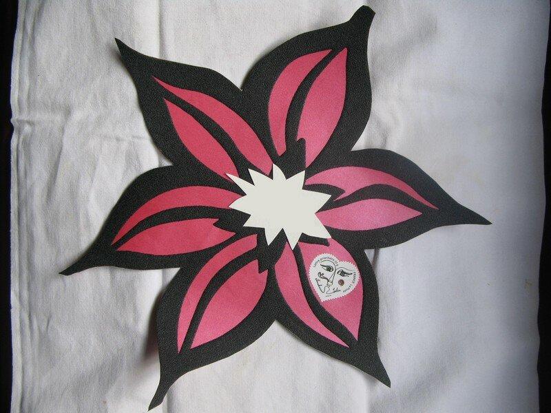 papier peint d coup au motif photo de cartes et enveloppes mes caramels mous. Black Bedroom Furniture Sets. Home Design Ideas