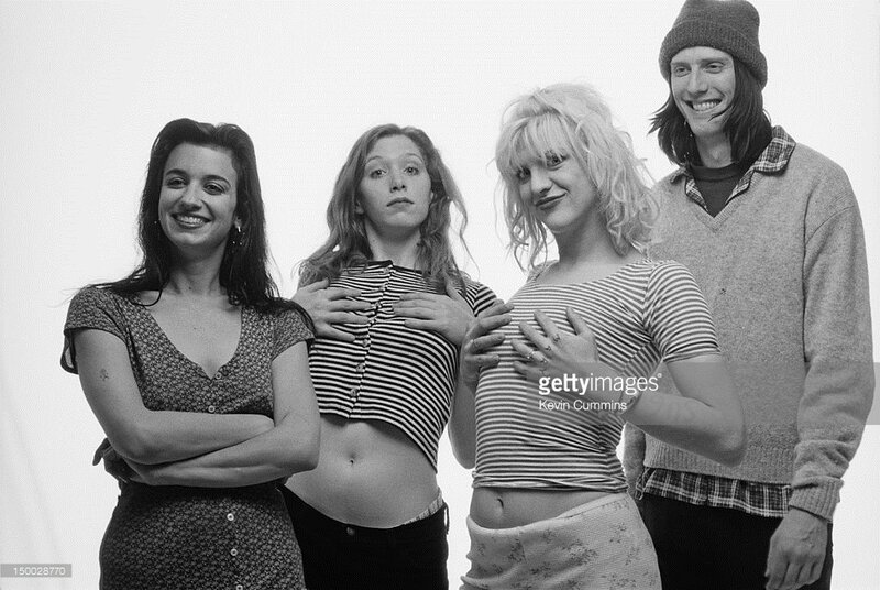 courtney_love-1993-by_kevin_cummins-3-hole-2