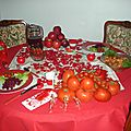 Table et menu rouge