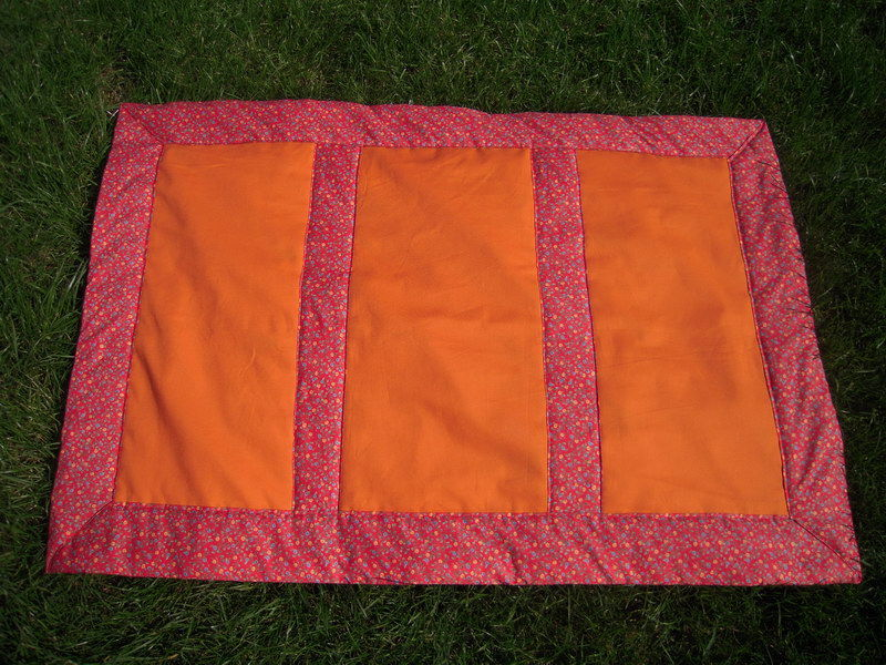 couverture tapis d 39 veil orange chez w w. Black Bedroom Furniture Sets. Home Design Ideas