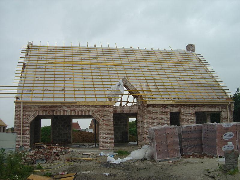 commencement de la toiture notre construction maison france confort estreux dans le nord. Black Bedroom Furniture Sets. Home Design Ideas