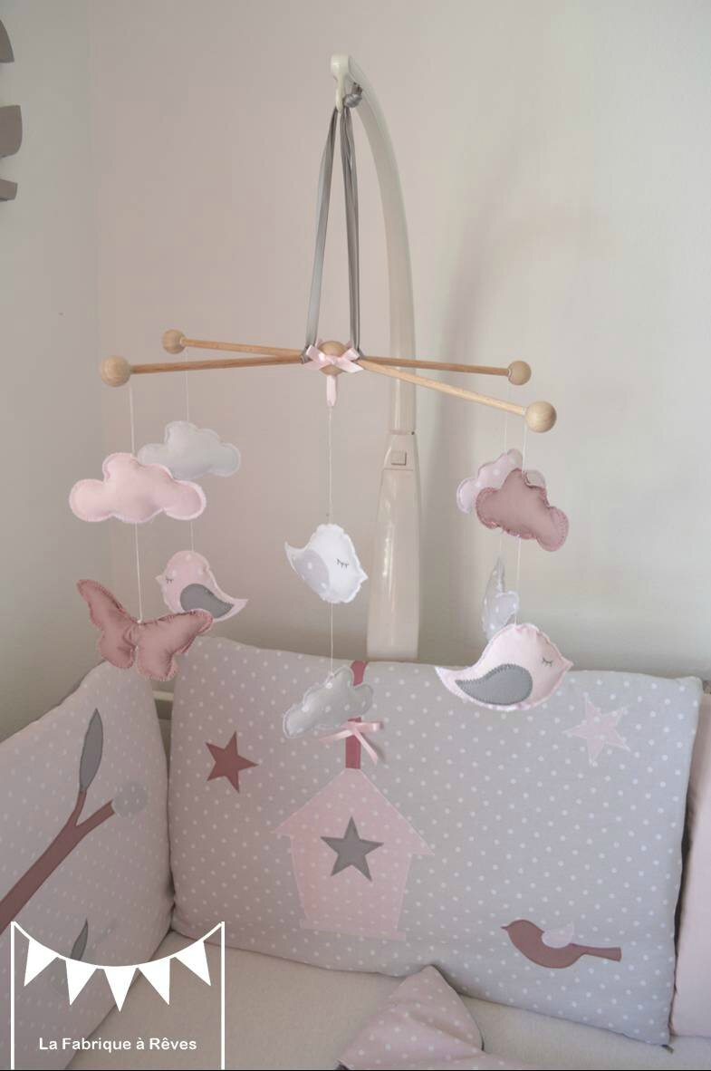 Mobile b b enfant fille rose poudr gris rose ancien for Deco chambre bebe fille gris rose