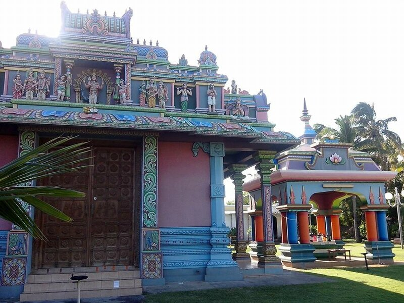 Temple Tamoul St Pierre 3