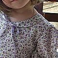 Robe simplicity 7112 3ans fleurs violettes 008