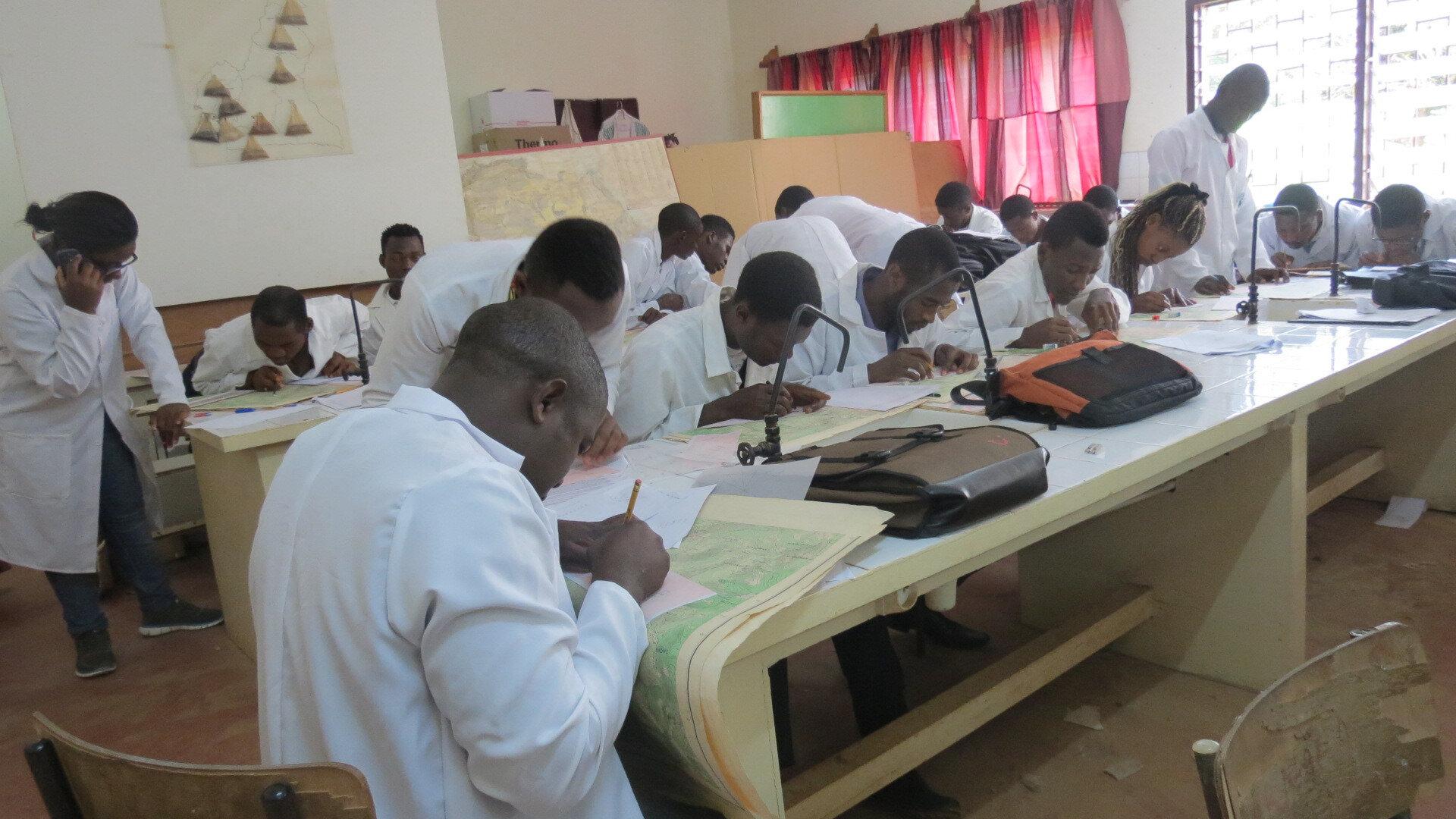 Le Pr Mvondo Ze justifie le développement des exploitations familiales au Cameroun