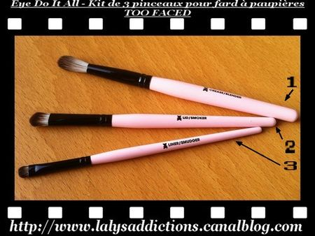 kit_de_3_pinceaux_pour_fard___paupi_res_TOO_FACED