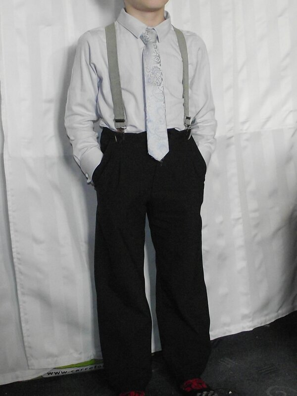Pantalon Burda 9781 gabardine noire 1