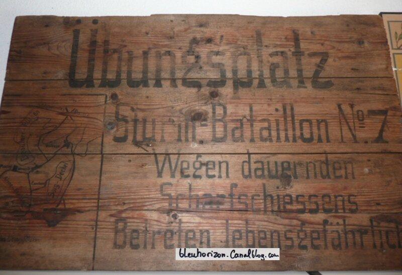 'entrée du camps d'entrainement du Sturm bataillon n°7log