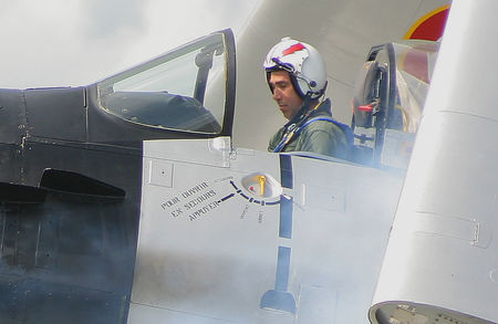 Douglas_Skyraider_38_Le_pilote