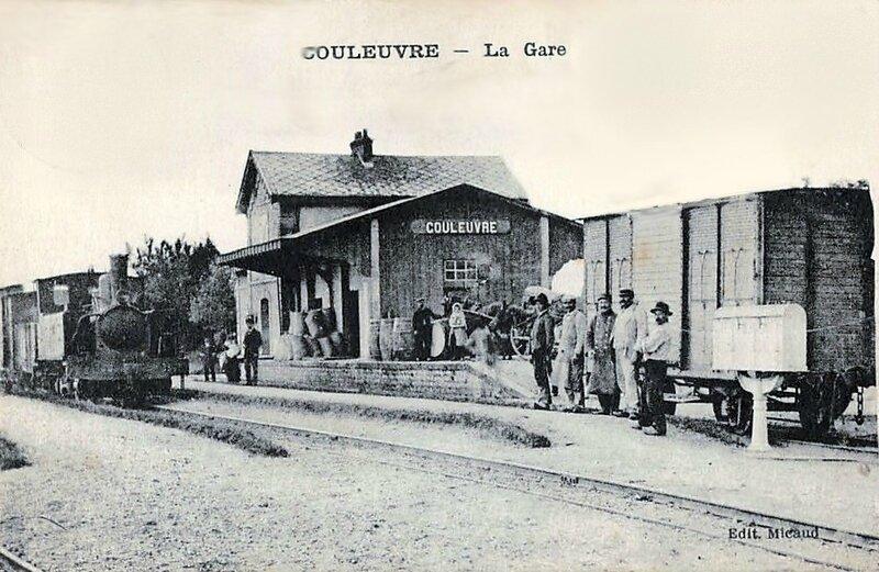 couleuvre-la-gare-et-le tramway-ligne-de-sancoins-lapeyrouse