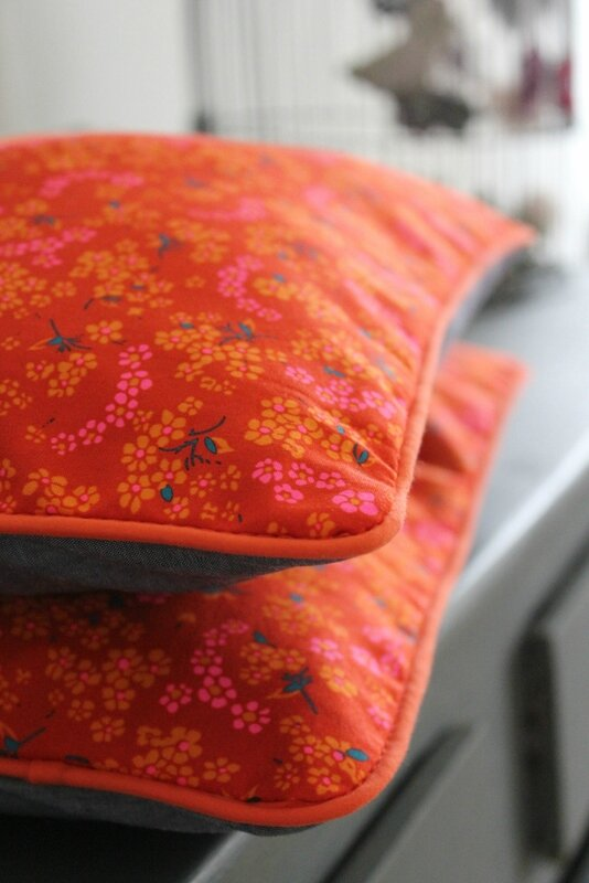 Coussins orange 2 (683x1024)