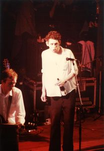 1986_06_The_Pogues_Mutualit__02