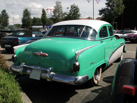 BUICK Special 4door Sedan 1952 Festival des Voitures Anciennes de Hambach 2010 2