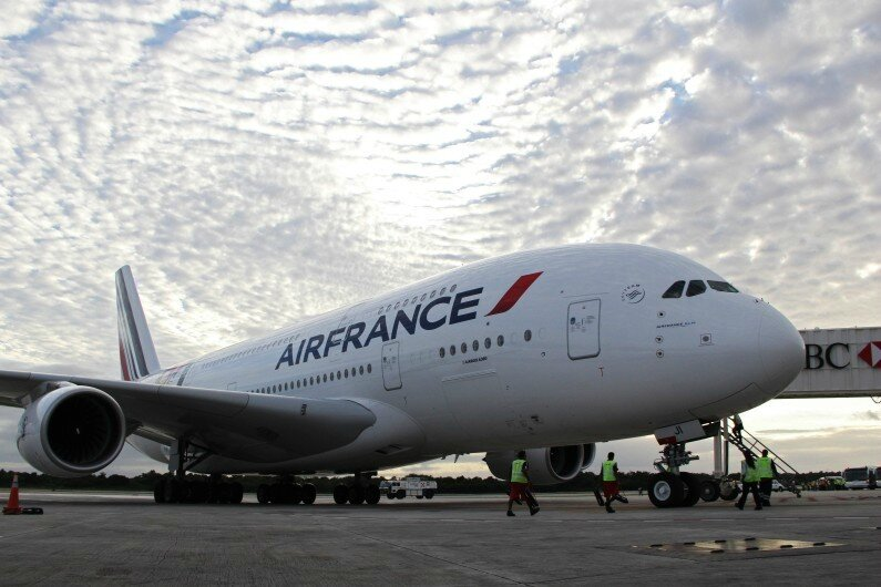 Air France, au sol, pilotes en grèves