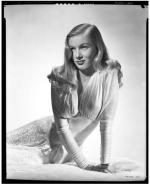 veronica_lake-by_eugene_robert_richee-from_i_wanted_wings-2