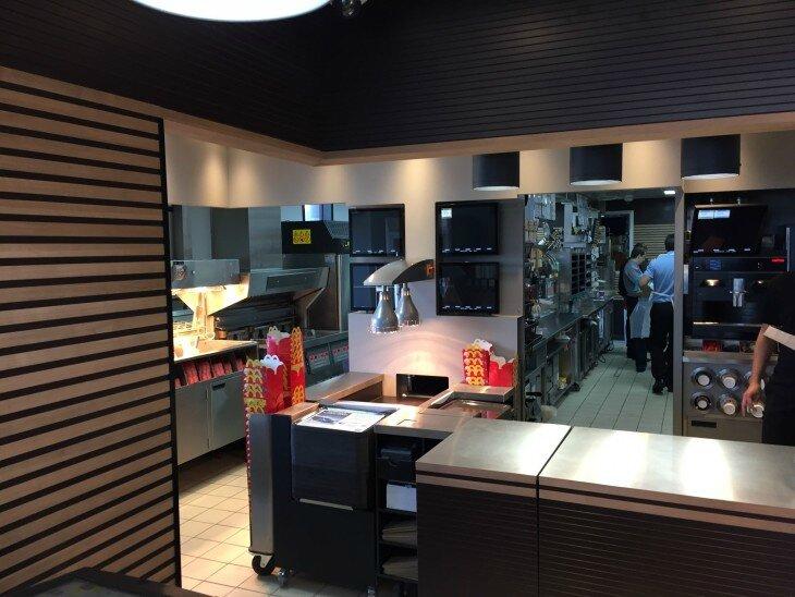 mc-do-saran-cuisine-ouverte-730x548