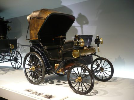 DAIMLER Riemenwagen vis à vis 1896 Stuttgart (1)