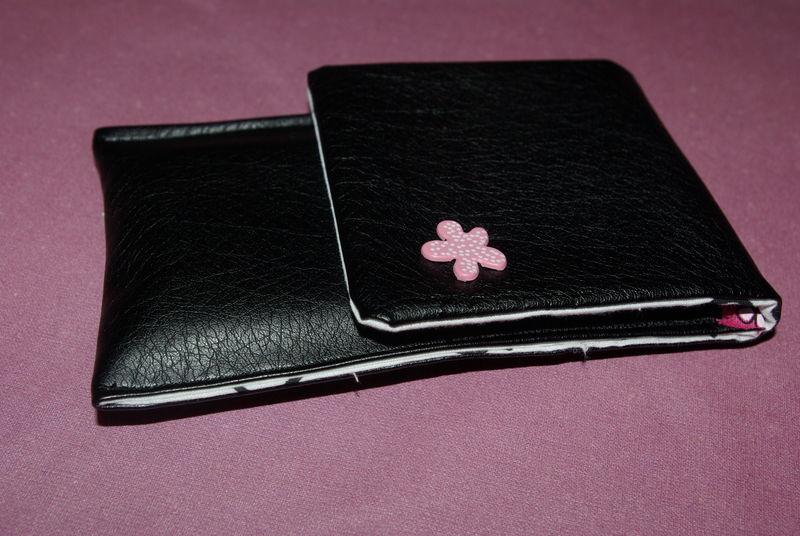 44. pochette I-phone simili noir - intérieur