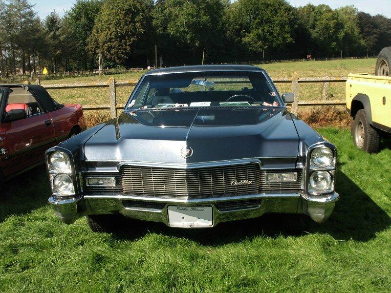 CadillacSixtySpecialFleetwood1968av