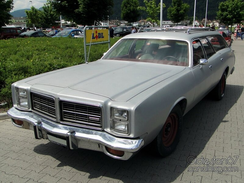 dodge-monaco-wagon-1977-1978-01