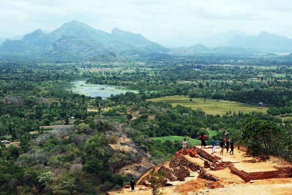 Sri Lanka 230
