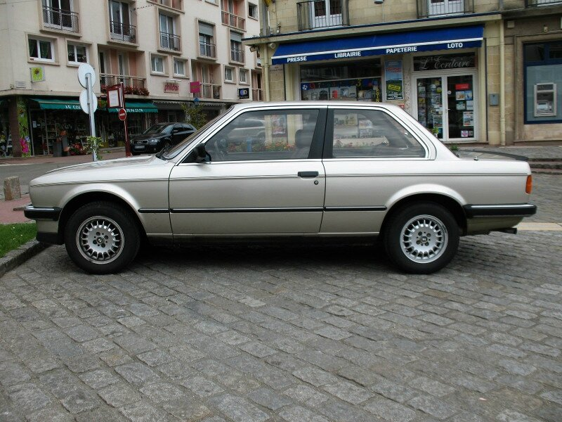 BMW320iE303ppf