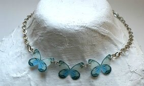 collier_papillon_bleu