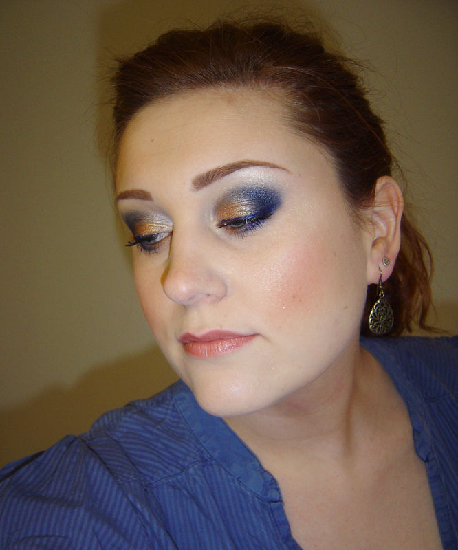 Quel make up avec une robe bleue canard ?