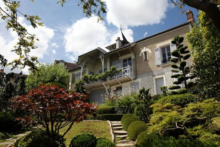 Maison-Maurice-Ravel-Facade-et-jardin-750x500