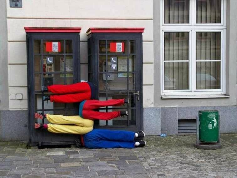 Willi-Dorner-bodies-in-urban-spaces-2-16