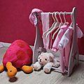 Tringle pour vêtements de poupées