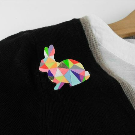 broche lapin sketch inc