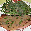 Jambon grillé à la plancha sauce forestière