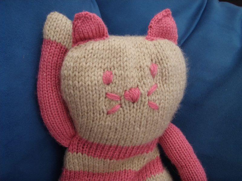 tricoter un doudou chat en laine