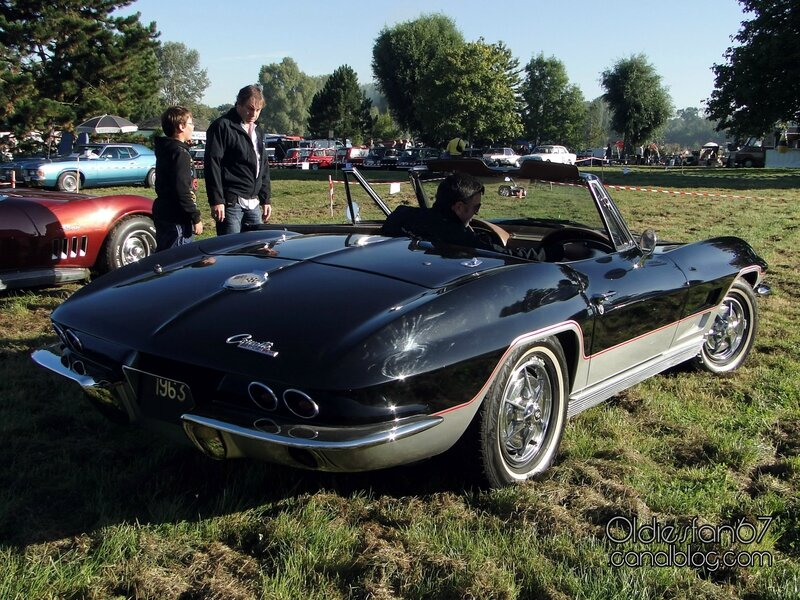 chevrolet-corvette-sting-ray-convertible-1963-02
