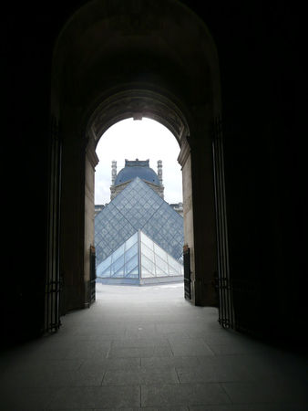 Paris_Louvre