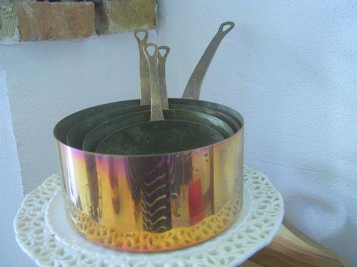 lot de 4 casseroles en cuivre-30 euros