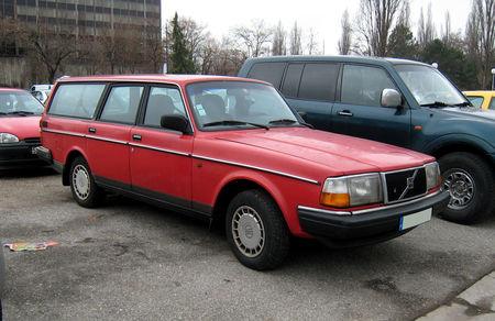 Volvo_240_GL_01